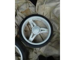 колеса белые передние для Коляски прогулочной Happy Baby